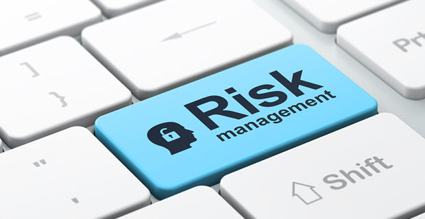 managing project risks and issues